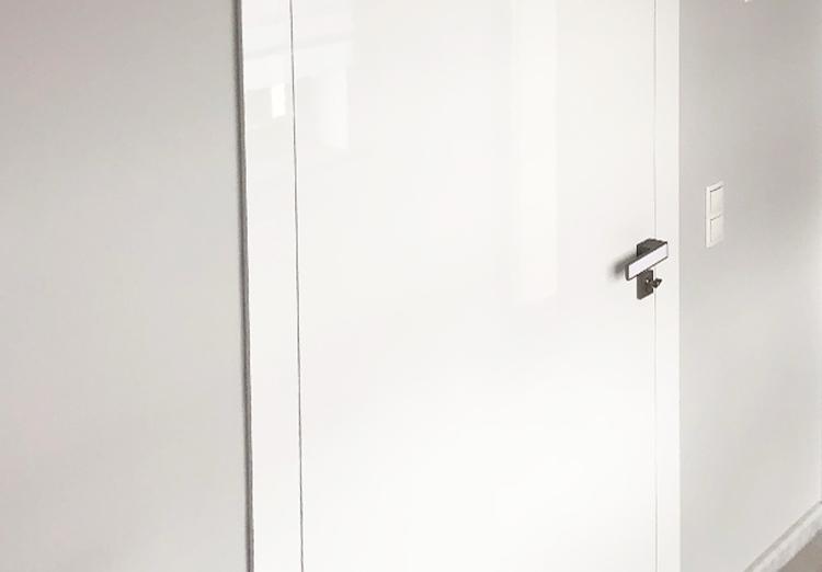 Drzwi bezprzylgowe – nowoczesność w Twoim wnętrzu